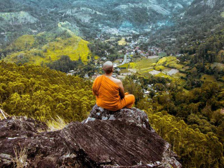 800 - Sri Lanka - meditation-5311144_1920