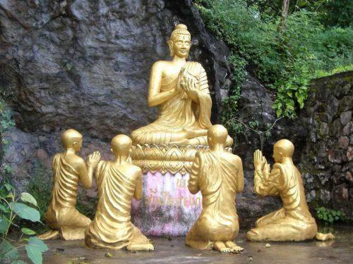 800 - Laos - religion-1730910_1920