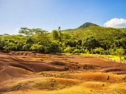 800 - Mauritius - famous-seven-colored-earth-in-chamarel-mauritius