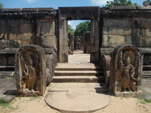800 - Sri Lanka - ancient-192812_1920
