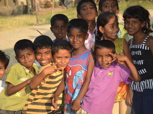 800 - Sri Lanka - kids-2387339_1920